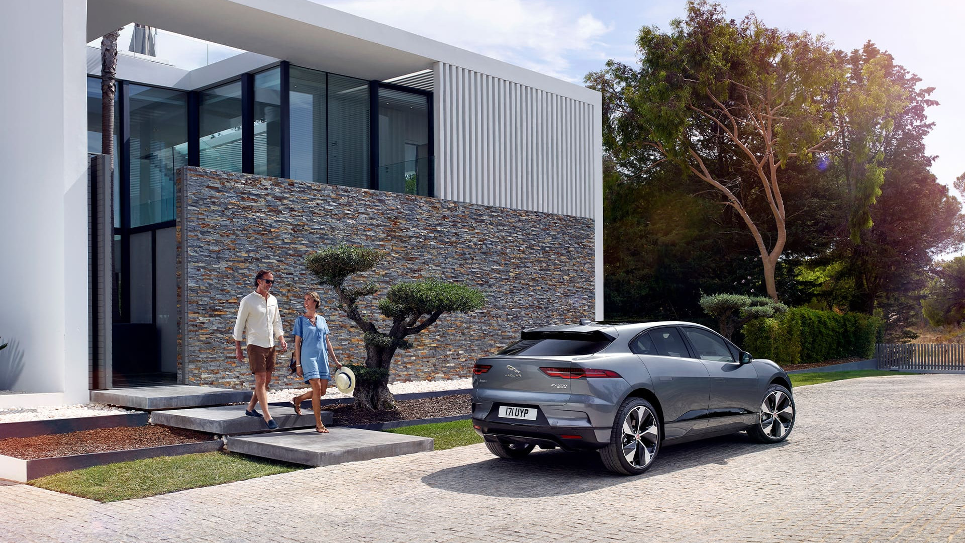 ennoo | Blog | Jaguar I-PACE | Rakete auf Rädern Header
